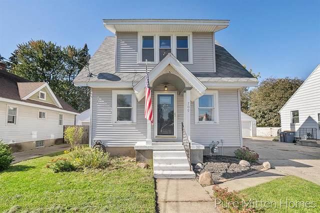 709 Burke Avenue NE, Grand Rapids, MI 49503 (#65021111600) :: National Realty Centers, Inc