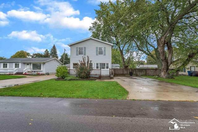 2833 Second St, Frenchtown Twp, MI 48162 (#57050058557) :: The Alex Nugent Team | Real Estate One