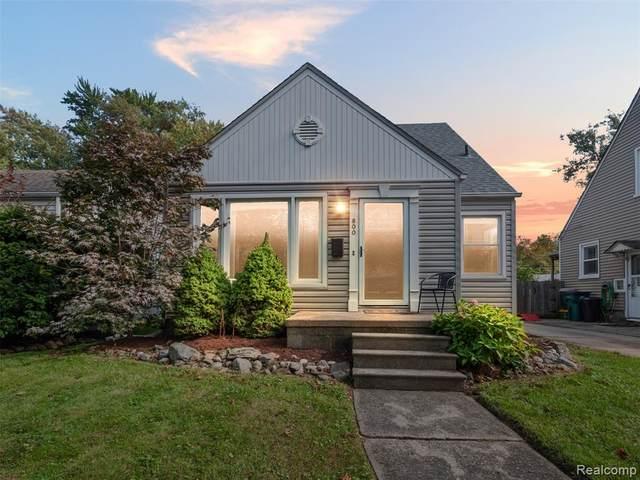 800 Oakridge Avenue, Royal Oak, MI 48067 (#2210088647) :: Real Estate For A CAUSE