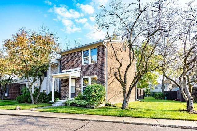8380 Lakeview Drive, Superior Twp, MI 48198 (#543284588) :: Duneske Real Estate Advisors