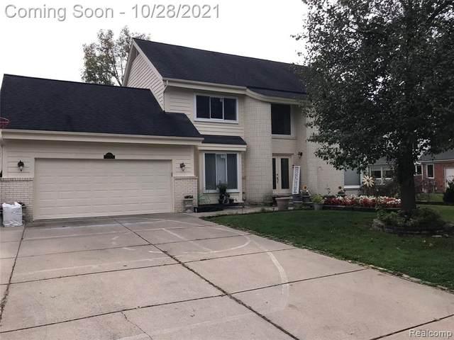 37709 Glengrove. Drive, Farmington Hills, MI 48331 (#2210088780) :: The Alex Nugent Team | Real Estate One