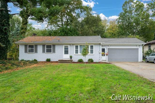 5278 Brookwood Drive SE, Kentwood Twp, MI 49508 (#65021111901) :: Real Estate For A CAUSE