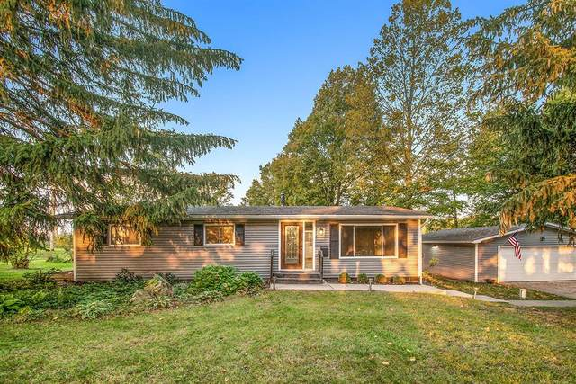 50794 45th Street, Paw Paw Twp, MI 49079 (#66021111908) :: Real Estate For A CAUSE