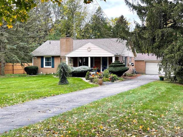 7185 N Clio Road, Mt. Morris Twp, MI 48458 (#2210088827) :: Real Estate For A CAUSE