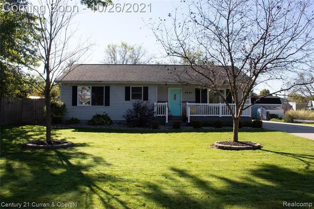 6897 Shields Court, Thomas Twp, MI 48609 (#2210089047) :: Real Estate For A CAUSE