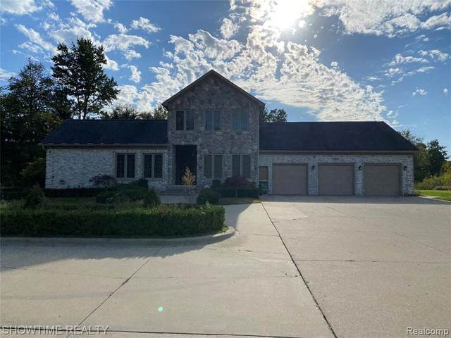 44101 Ryan Road, Sterling Heights, MI 48314 (#2210089183) :: The Mulvihill Group