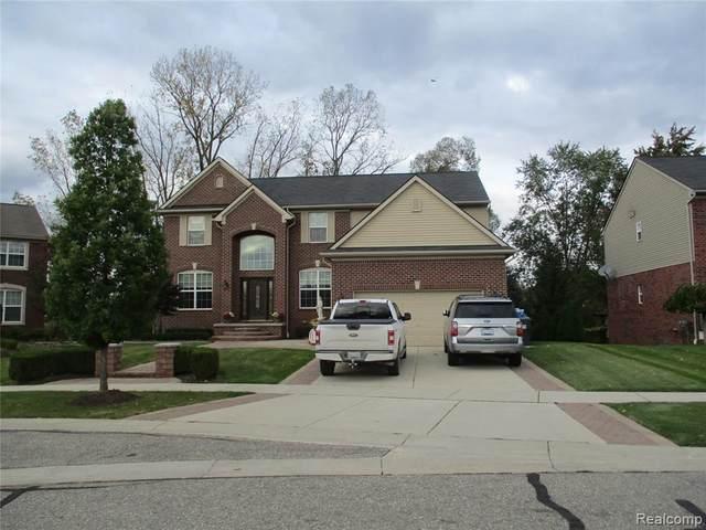 954 Monterey Lane, Rochester Hills, MI 48307 (#2210089194) :: RE/MAX Nexus