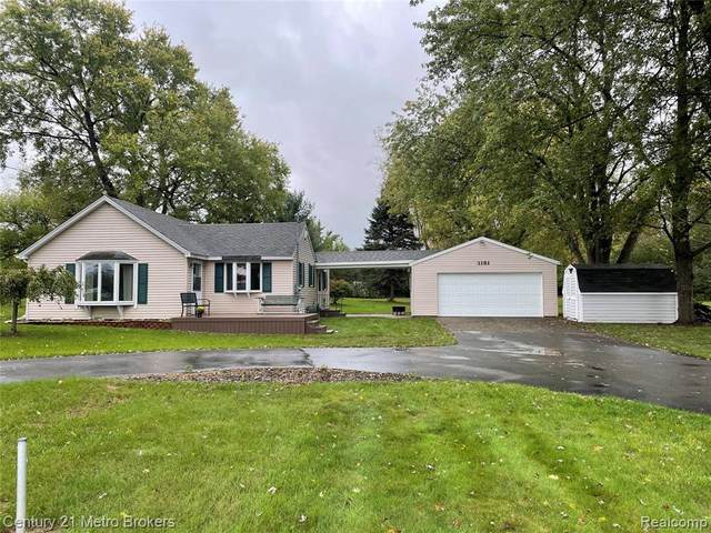 3181 W Coldwater Road, Mt. Morris Twp, MI 48458 (#2210089254) :: Real Estate For A CAUSE