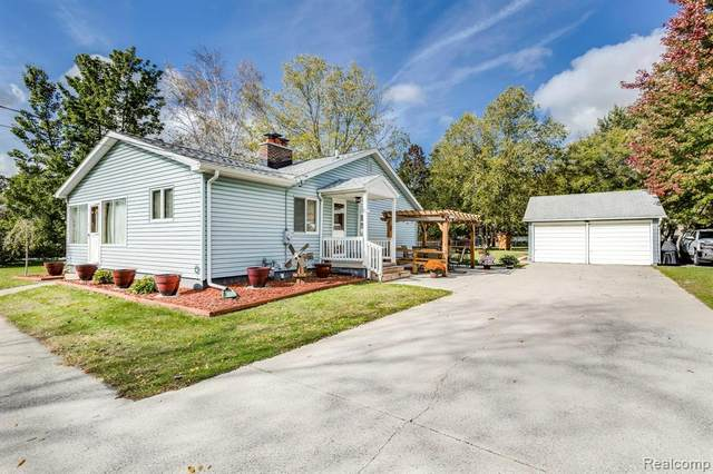 3320 N River Road, Fort Gratiot Twp, MI 48059 (#2210089354) :: Real Estate For A CAUSE