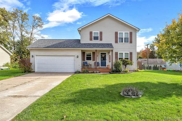 8952 Ash Drive, Northfield Twp, MI 48189 (#2210089355) :: Real Estate For A CAUSE