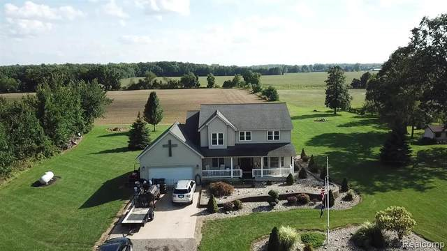 12295 Cook Road, Gaines Twp, MI 48436 (#2210089402) :: National Realty Centers, Inc