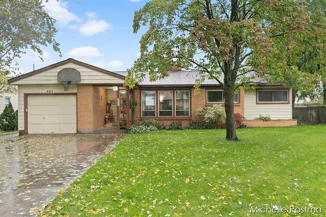 425 Brownell Street SE, Gaines Twp, MI 49548 (#65021112333) :: National Realty Centers, Inc