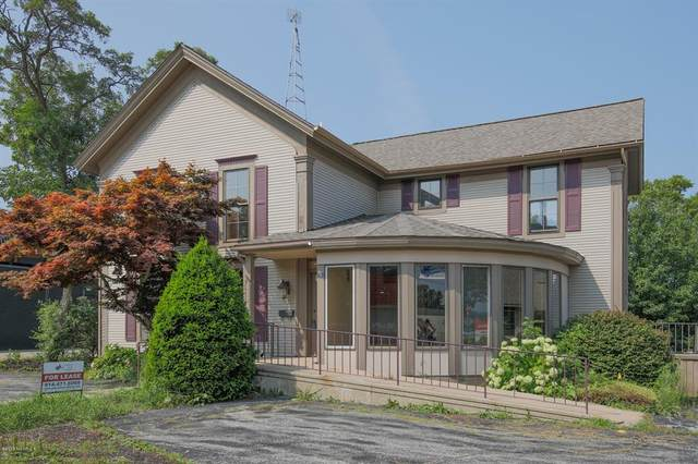 246 Broadway Street, South Haven, MI 49090 (#69021112431) :: National Realty Centers, Inc