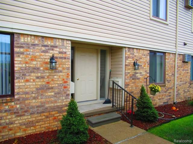 1700 River Rd Apt 19 #19, Marysville, MI 48040 (#2210090033) :: National Realty Centers, Inc