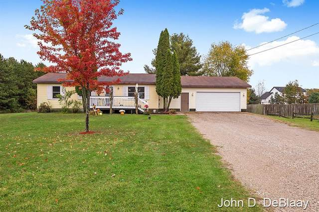 12484 Long Lake Drive NW, Sparta Twp, MI 49345 (#65021112500) :: National Realty Centers, Inc