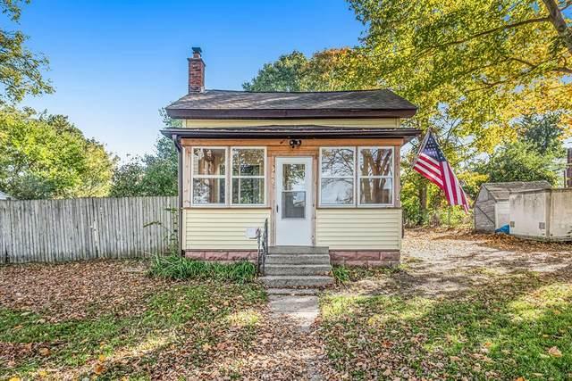 909 Whitney Street, Jackson, MI 49202 (#55021112572) :: Real Estate For A CAUSE