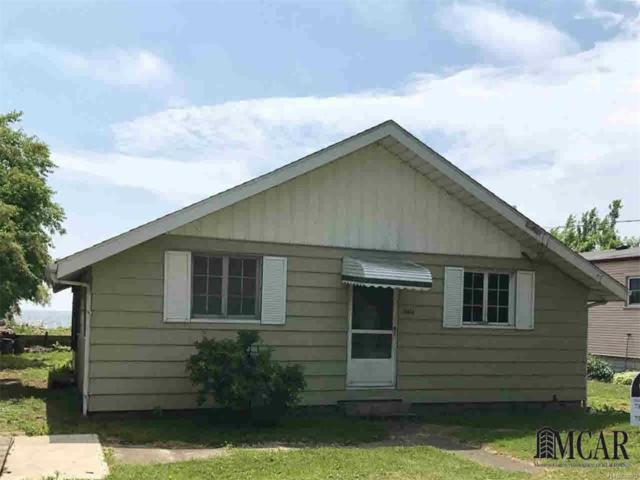 13514 Venetian, Monroe, MI 48161 (#57003450178) :: Duneske Real Estate Advisors