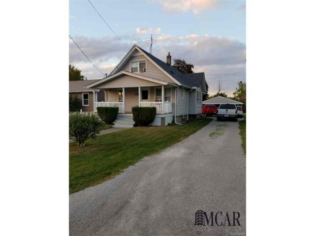 5410 Plum Creek, Monroe, MI 48161 (MLS #57003451067) :: The Toth Team
