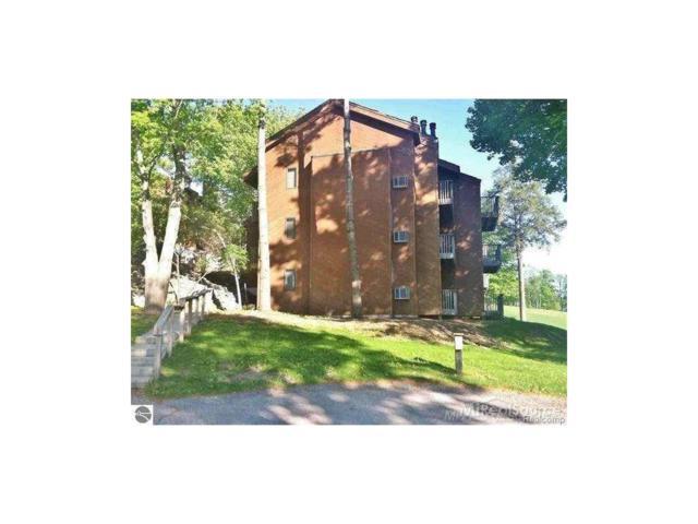 4673 N Crossover Drive, Bellaire, MI 49615 (#58031295011) :: Duneske Real Estate Advisors