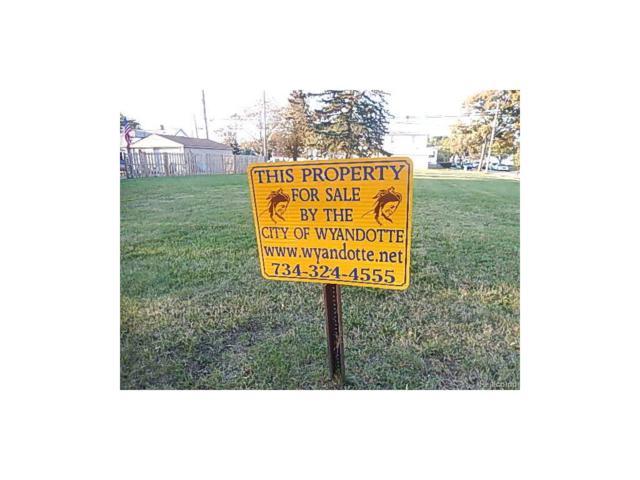 846 Pine Street, Wyandotte, MI 48192 (#215117196) :: The Buckley Jolley Real Estate Team