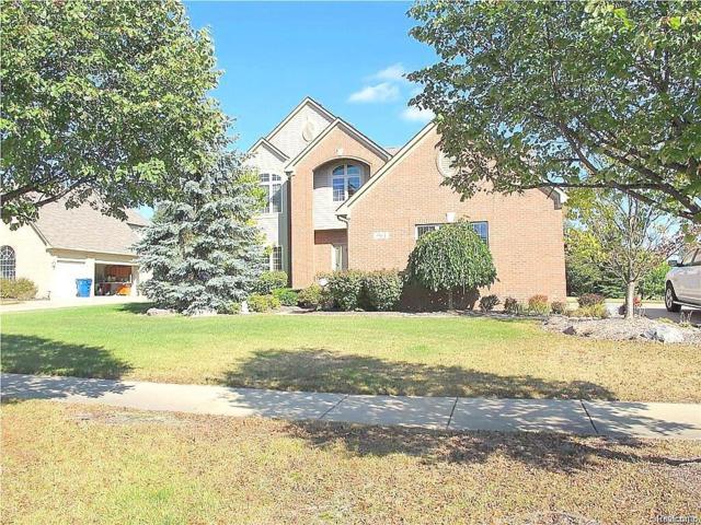 961 Denbar Court, White Lake Twp, MI 48386 (#217107408) :: The Buckley Jolley Real Estate Team