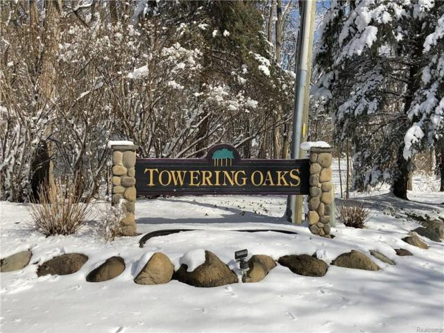 2919 Towering Oaks Drive, White Lake Twp, MI 48383 (MLS #218018703) :: The Toth Team