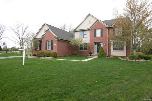 4455 Woodcliff Ct, Oakland Twp, MI 48306 (#218018858) :: RE/MAX Classic