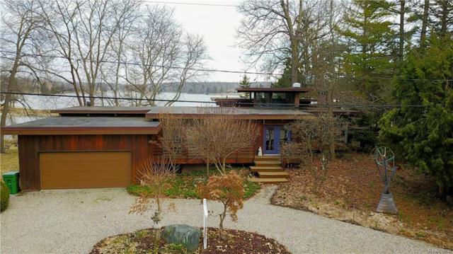 7296 N Driftwood Drive, Deerfield Twp, MI 48430 (MLS #218021815) :: The Toth Team