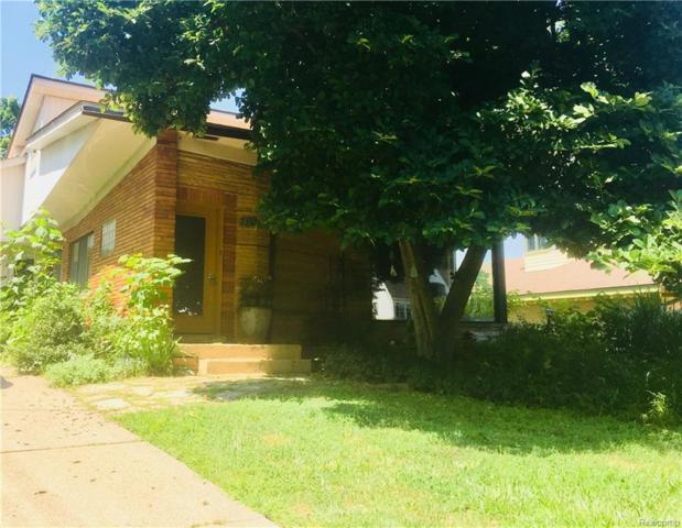 2282 Garland Street, Sylvan Lake, MI 48320 (#218022829) :: RE/MAX Vision