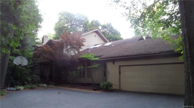 640 Pine Valley Way, Bloomfield Twp, MI 48302 (MLS #218024024) :: The Toth Team