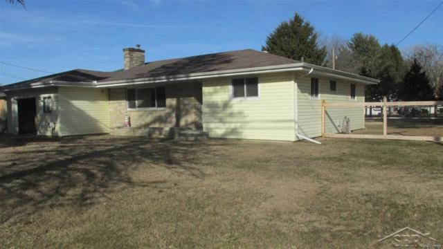 3855 S Airport, BRIDGEPORT TWP, MI 48722 (#61031343176) :: Simon Thomas Homes