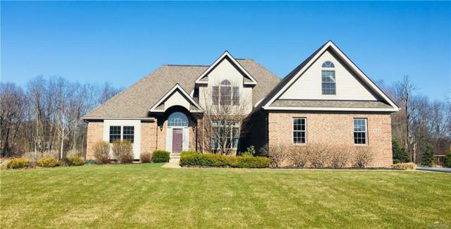 133 E Auburn Trail, Brighton Twp, MI 48114 (#218032655) :: The Mulvihill Group