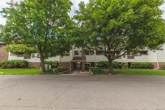 30450 Orchard Lake Road #71, Farmington Hills, MI 48334 (#218034685) :: Duneske Real Estate Advisors