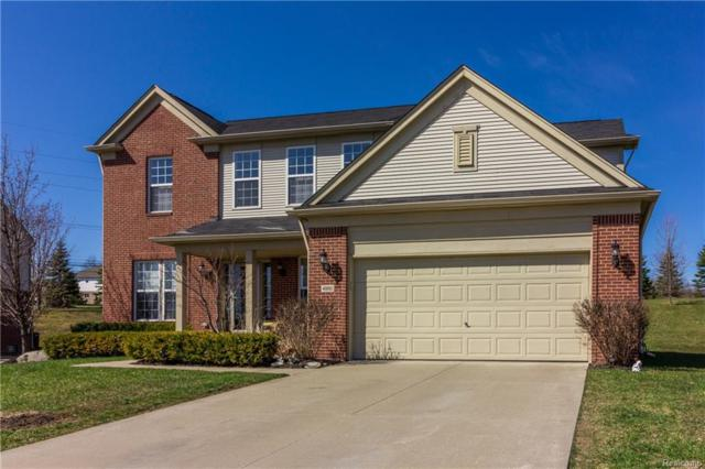 4950 Catalina Drive, Orion Twp, MI 48359 (MLS #218036348) :: The Toth Team