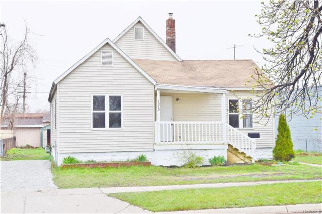 1013 Beard Street, Port Huron, MI 48060 (#218037529) :: The Buckley Jolley Real Estate Team