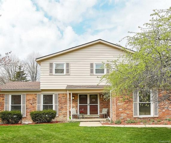 6364 Pinecroft Drive, West Bloomfield Twp, MI 48322 (MLS #218040903) :: The Toth Team