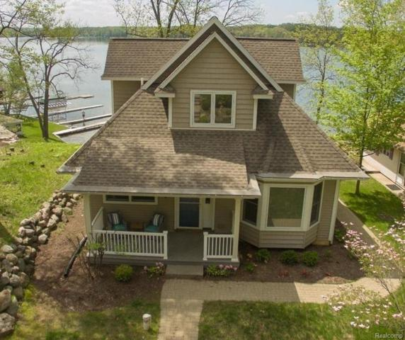 7415 Noahs Landing, Dexter Twp, MI 48137 (#543256759) :: The Buckley Jolley Real Estate Team