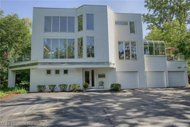 6980 Grand Avenue, West Bloomfield Twp, MI 48322 (#218046695) :: RE/MAX Classic