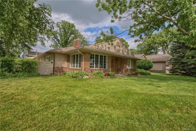 30575 Triangle Drive, Gibraltar, MI 48173 (MLS #218052129) :: The Toth Team