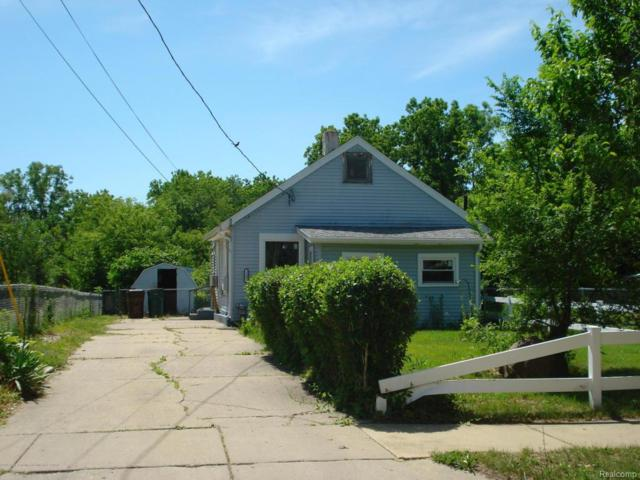 2401 S Rundle Avenue, Lansing, MI 48910 (MLS #630000227248) :: The Toth Team
