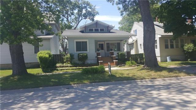 911 10TH Avenue, Port Huron, MI 48060 (#218054021) :: Duneske Real Estate Advisors