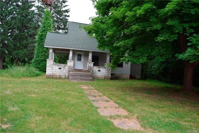 3550 Watkins Lake Road, Waterford Twp, MI 48328 (#218055254) :: RE/MAX Vision
