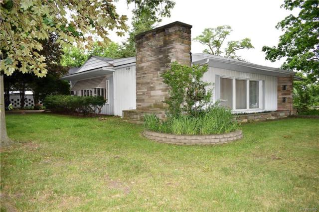 35960 W Nine Mile Road, Farmington Hills, MI 48335 (#218056867) :: RE/MAX Classic