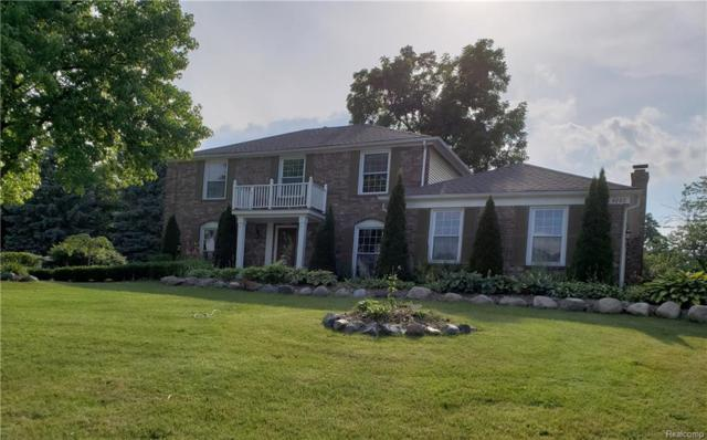 4260 N Mcnay Court, West Bloomfield Twp, MI 48323 (#218062099) :: RE/MAX Classic