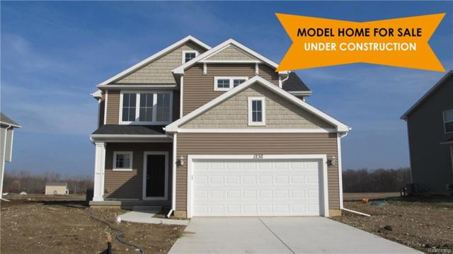 2117 Middle Ridge Drive, Holly Twp, MI 48442 (#218065135) :: RE/MAX Classic