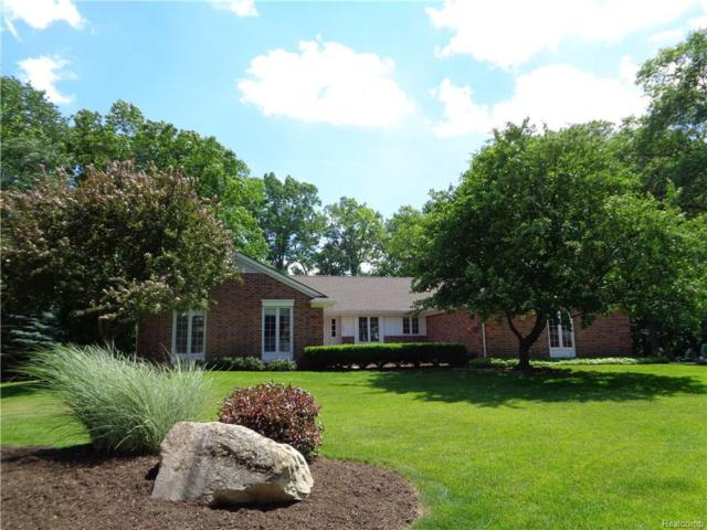 1857 Ledbury Drive, Bloomfield Twp, MI 48304 (#218065300) :: RE/MAX Nexus