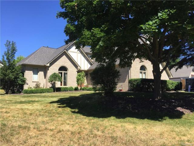 1442 Vistaview Drive, Rochester Hills, MI 48306 (#218066977) :: RE/MAX Classic