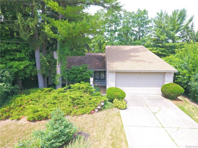 5540 Perrytown, West Bloomfield Twp, MI 48322 (#218070405) :: RE/MAX Classic