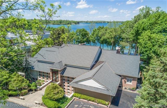 4500 Orchard Trail Court, Orchard Lake, MI 48324 (#218075360) :: RE/MAX Classic