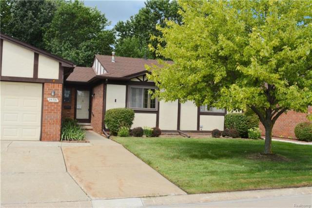 25731 Joanne Smith Drive #34, Warren, MI 48091 (#218076586) :: Keller Williams West Bloomfield